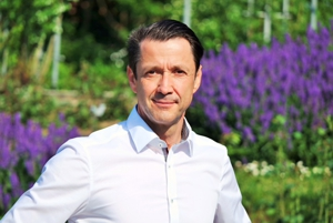 Chefarzt Priv. Doz. Dr. Peter-Hubert Grewe